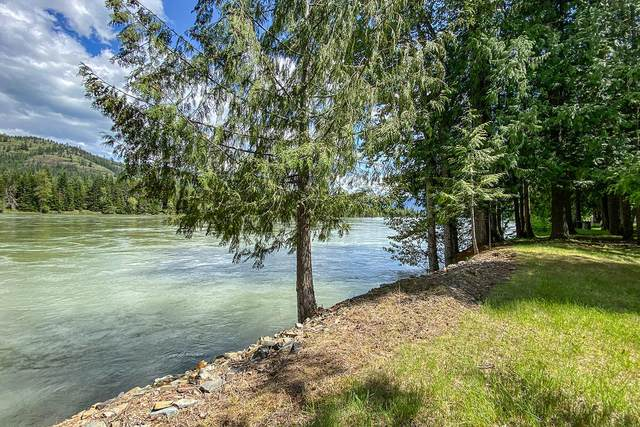 507 River Lake Dr, Clark Fork, ID 83811 (#21-2493) :: Keller Williams CDA