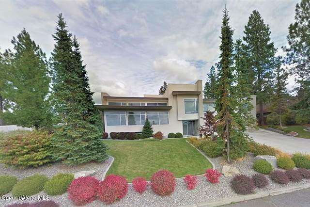 3223 S High Dr, Spokane, WA 99203 (#21-2676) :: Team Brown Realty