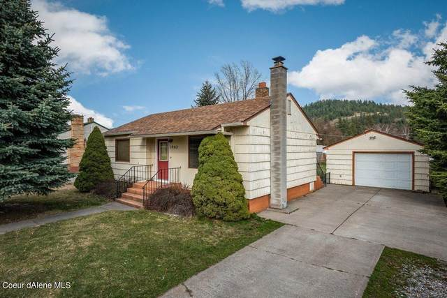 1902 N 9TH St, Coeur d'Alene, ID 83814 (#21-2681) :: Keller Williams CDA