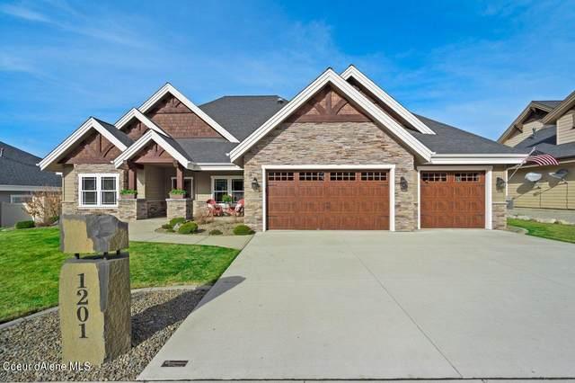 1201 E Maroon Creek Dr, Hayden, ID 83835 (#21-2904) :: Coeur d'Alene Area Homes For Sale