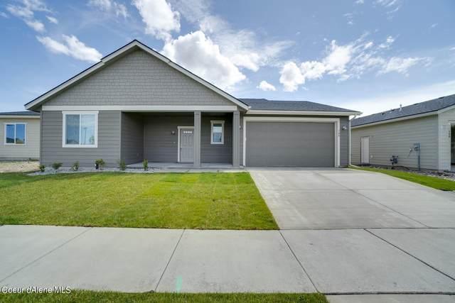 5247 W Gumwood Cir, Post Falls, ID 83854 (#21-2964) :: Coeur d'Alene Area Homes For Sale