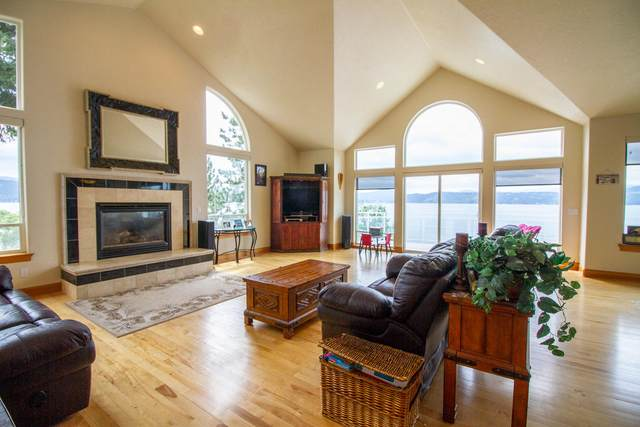 2765 S Silver Beach Rd, Coeur d'Alene, ID 83814 (#21-3088) :: Heart and Homes Northwest