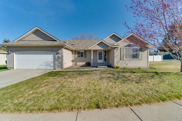 8371 N Chateaux Dr, Hayden, ID 83835 (#21-3220) :: Prime Real Estate Group