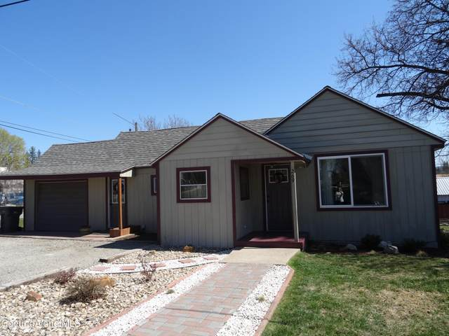 269 6th Street, Priest River, ID 83856 (#21-3436) :: CDA Home Finder
