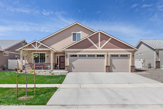 3243 N Coleman St, Post Falls, ID 83854 (#21-3986) :: Amazing Home Network