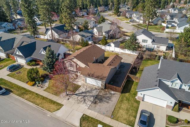 1217 W Canfield Ave, Coeur d'Alene, ID 83815 (#21-4197) :: Chad Salsbury Group