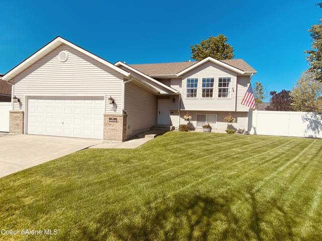 2317 N Coolwater Dr, Post Falls, ID 83854 (#21-4391) :: Chad Salsbury Group