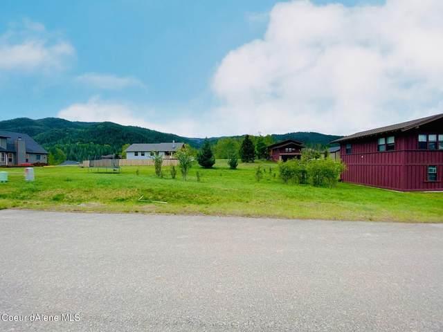 305 Old Farm Rd, Pinehurst, ID 83850 (#21-4836) :: Keller Williams Realty Coeur d' Alene