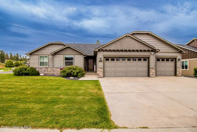 5318 N Scenic Ln, Spokane, WA 99217 (#21-5535) :: CDA Home Finder