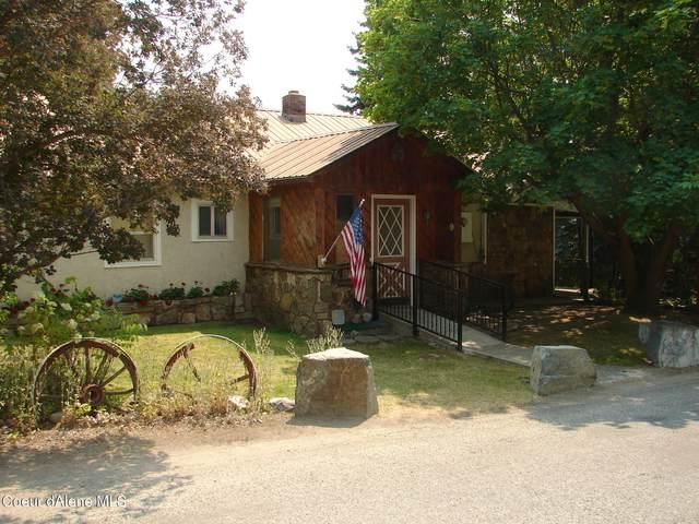 6468 Comanche St, Bonners Ferry, ID 83805 (#21-7624) :: Kroetch Premier Properties