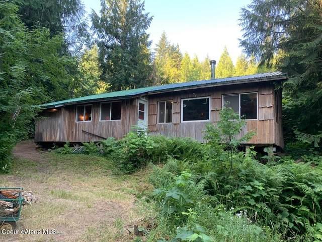2254 Alder Way, St. Maries, ID 83861 (#21-7762) :: CDA Home Finder