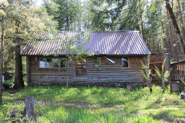 2955 Cabin Ridge Rd, Spirit Lake, ID 83869 (#21-7789) :: Chad Salsbury Group
