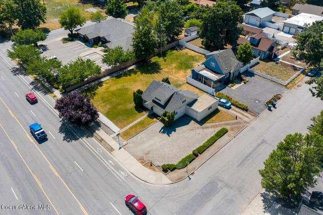 1813 N Government Way, Coeur d'Alene, ID 83814 (#21-7864) :: Five Star Real Estate Group