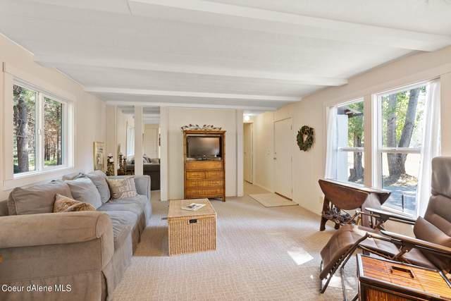 159 Davis Rd, Sagle, ID 83860 (#21-8032) :: Amazing Home Network