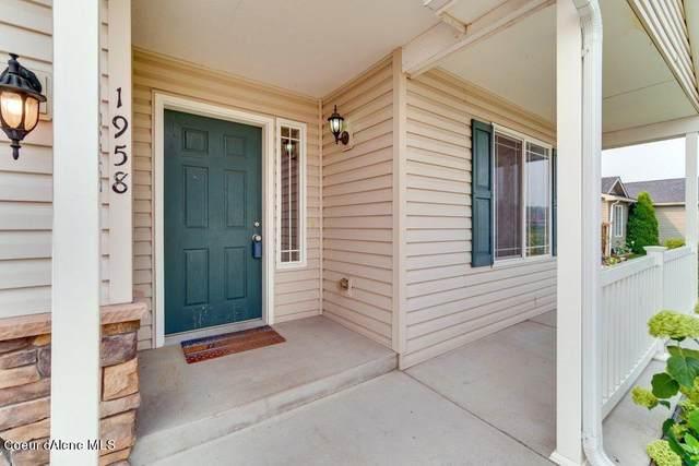 1958 E Wagon Trl, Post Falls, ID 83854 (#21-8584) :: Prime Real Estate Group