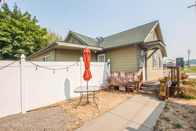 6664 Main St, Bonners Ferry, ID 83805 (#21-8648) :: Embrace Realty Group