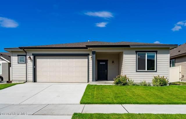 213 N Olivewood Ln, Post Falls, ID 83854 (#21-8663) :: Kroetch Premier Properties