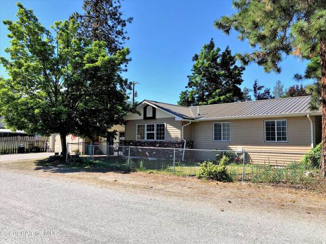 206 Wyoming St, Pinehurst, ID 83850 (#21-8700) :: ExSell Realty Group