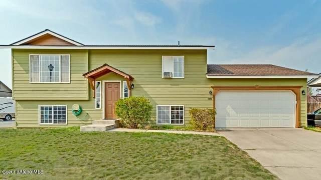1805 N Stagecoach Dr, Post Falls, ID 83854 (#21-9572) :: Kroetch Premier Properties