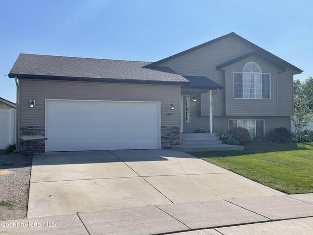 2850 W Strawberry Ln, Hayden, ID 83835 (#21-9765) :: CDA Home Finder