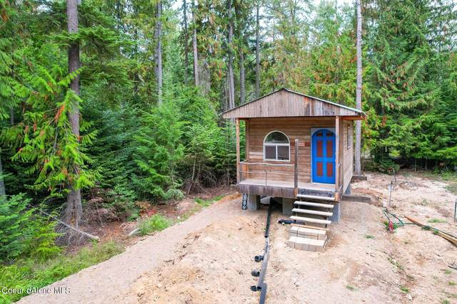 131 Whispering Pines Rd, Sagle, ID 83860 (#21-9845) :: Mall Realty Group