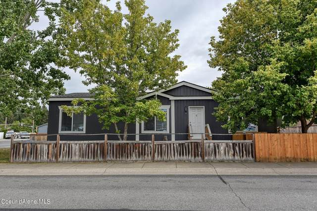 1686 W Windermere Ave, Coeur d'Alene, ID 83814 (#21-9929) :: Heart and Homes Northwest