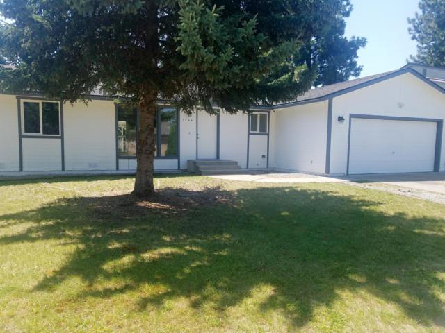 1704 E Park Ln, Post Falls, ID 83854 (#18-10852) :: Link Properties Group