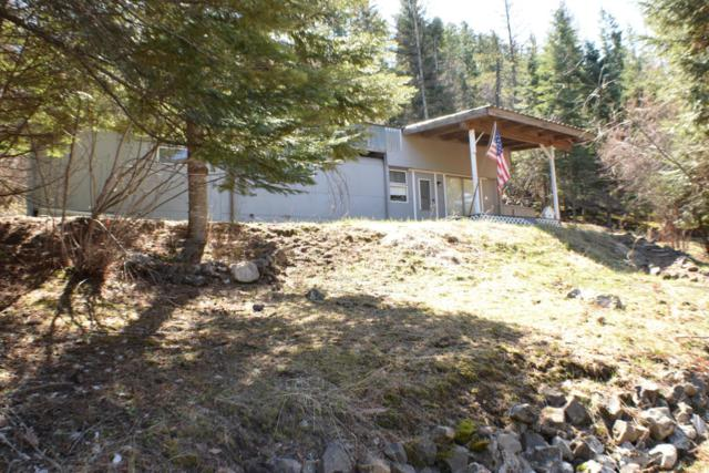 8573 E. Magpie Drive, St. Maries, ID 83861 (#18-11015) :: Northwest Professional Real Estate