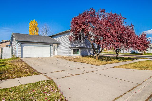 1931 N Sawtooth Dr, Post Falls, ID 83854 (#18-11767) :: The Spokane Home Guy Group