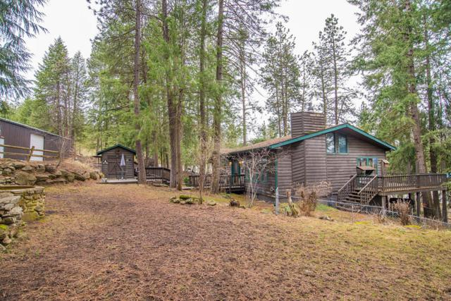14332 W Riverview Dr, Post Falls, ID 83854 (#18-2959) :: The Spokane Home Guy Group