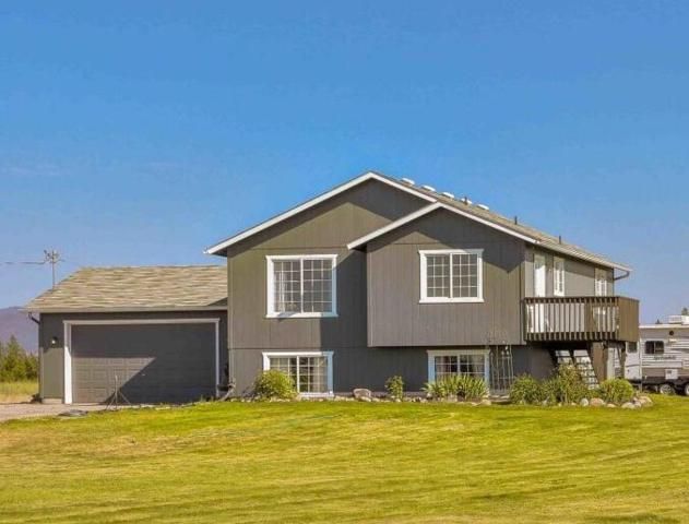 680 E Yellow Pine Ave, Athol, ID 83801 (#18-7973) :: Link Properties Group