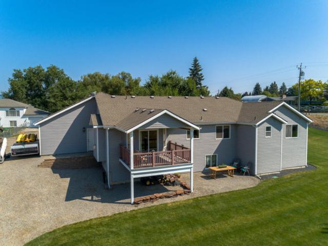 1301 N Syringa St, Post Falls, ID 83854 (#18-8816) :: The Spokane Home Guy Group