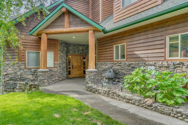 1051 S Breezy Way, Post Falls, ID 83854 (#19-1940) :: Windermere Coeur d'Alene Realty