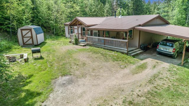 9770 Bottle Bay Rd, Sagle, ID 83860 (#19-2807) :: Mandy Kapton | Windermere
