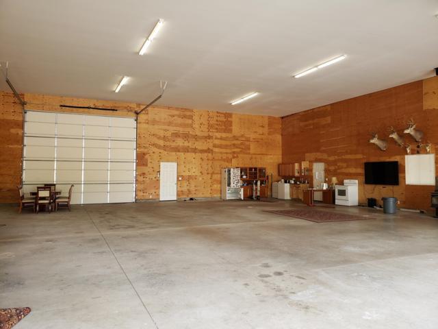 8702 E Scout Trail Rd, Athol, ID 83801 (#19-2933) :: CDA Home Finder