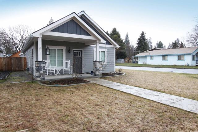 1221 N 13TH St, Coeur d'Alene, ID 83814 (#19-2934) :: Northwest Professional Real Estate