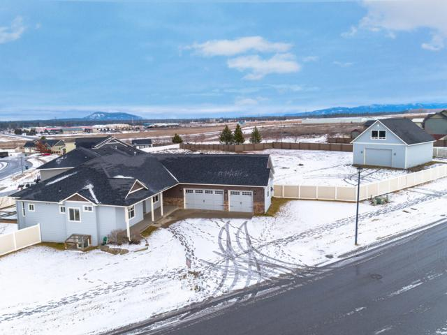 6909 W Bent Grass Ln, Rathdrum, ID 83858 (#19-544) :: ExSell Realty Group