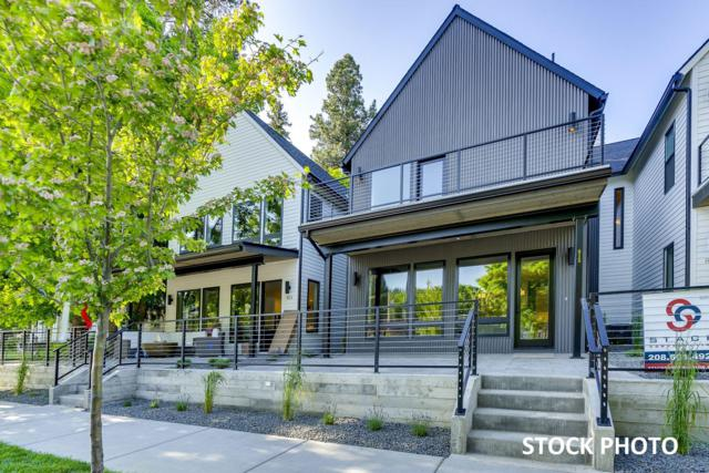 903 E Sherman Ave, Coeur d'Alene, ID 83814 (#19-5458) :: Groves Realty Group