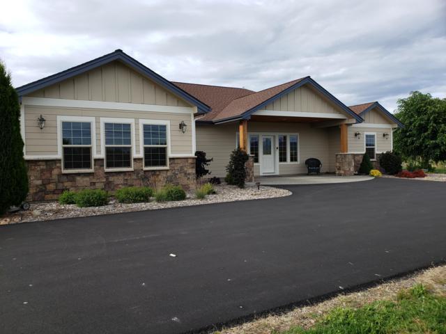 2795 W Boekel Rd, Rathdrum, ID 83858 (#19-6221) :: Northwest Professional Real Estate