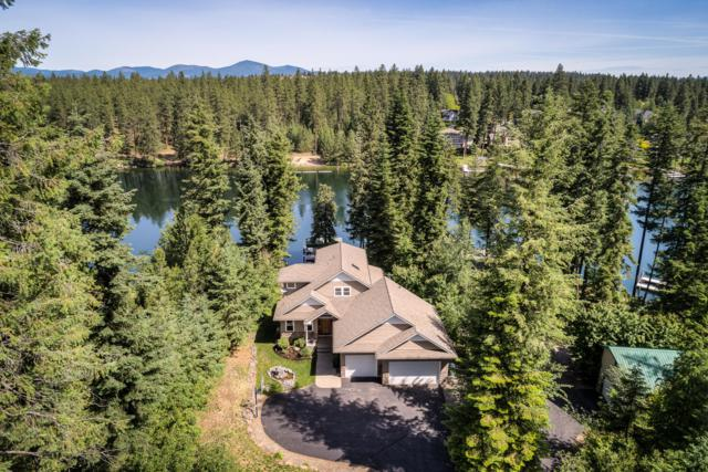 8895 W Riverview Dr, Coeur d'Alene, ID 83814 (#19-6578) :: CDA Home Finder