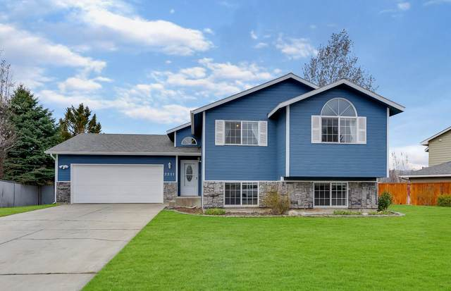 2311 N Stagecoach Dr, Post Falls, ID 83854 (#20-2549) :: Team Brown Realty