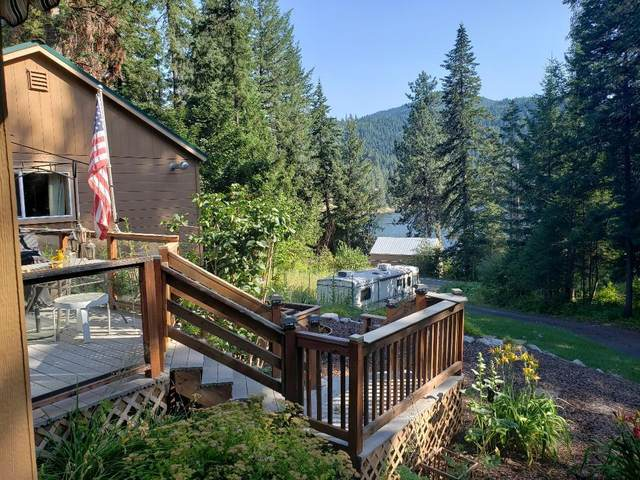 8957 W Twin Lakes Rd, Rathdrum, ID 83858 (#20-7350) :: Northwest Professional Real Estate