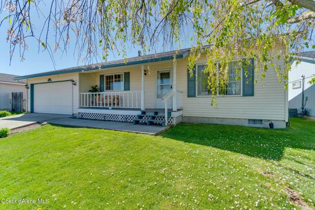 1108 E Soft Breeze Ave, Post Falls, ID 83854 (#21-4481) :: Mall Realty Group