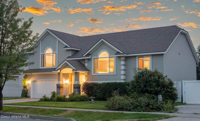 2627 W Timberlake Loop, Coeur d'Alene, ID 83815 (#21-8490) :: Kroetch Premier Properties