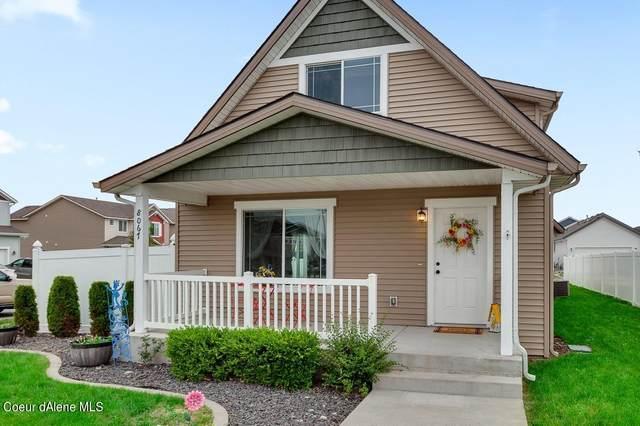 8067 N Crown Pointe St, Post Falls, ID 83854 (#21-8612) :: Kroetch Premier Properties