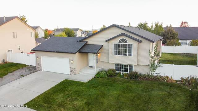 2850 W Strawberry Ln, Hayden, ID 83835 (#21-9765) :: Real Estate Done Right