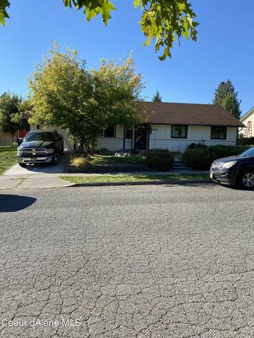 1002 E Woolsey Dr, Coeur d'Alene, ID 83814 (#21-9905) :: Amazing Home Network