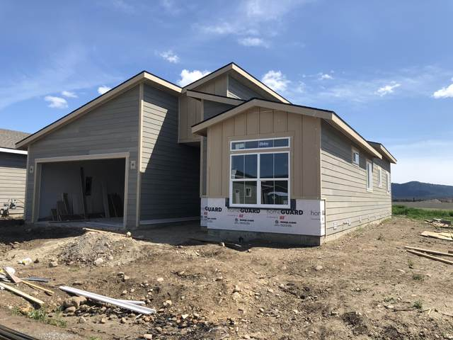4272 N Donovan Ln, Post Falls, ID 83854 (#20-3500) :: ExSell Realty Group