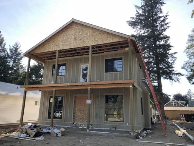 301 S 16TH St, Coeur d'Alene, ID 83814 (#18-8081) :: The Stan Groves Real Estate Group