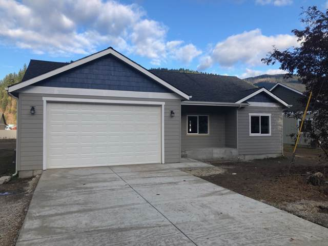 430 E Chestnut Ave, Osburn, ID 83849 (#19-8513) :: Kerry Green Real Estate